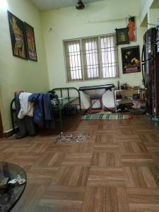 Gallery Cover Image of 730 Sq.ft 2 BHK Apartment for buy in Pozhichalur for 3100000