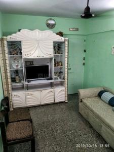 मेफ़ेअर मरवे क्वीन, मलाड वेस्ट  में 6100000  खरीदें  के लिए 6100000 Sq.ft 1 BHK अपार्टमेंट के हॉल  की तस्वीर