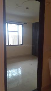 Gallery Cover Image of 1050 Sq.ft 2 BHK Apartment for rent in Ashok Vihar Phase III Extension for 10000