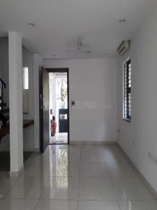 Gallery Cover Image of 965 Sq.ft 2 BHK Apartment for rent in Thoraipakkam for 15000