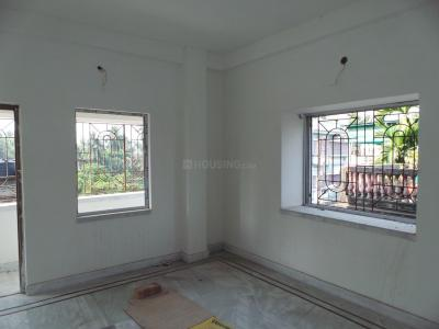 Gallery Cover Image of 630 Sq.ft 1 RK Apartment for buy in Purba Putiary for 1900000