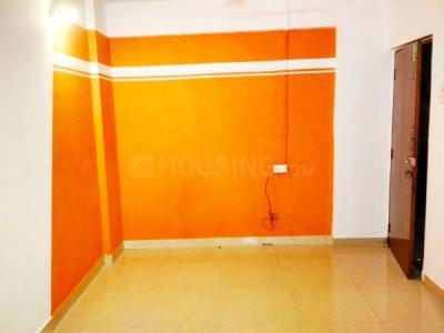 Gallery Cover Image of 600 Sq.ft 1 BHK Apartment for rent in Dosti Acres, Wadala for 35000