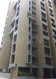 Gallery Cover Image of 1095 Sq.ft 2 BHK Apartment for rent in Bopal for 15000