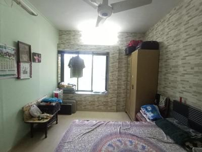 Gallery Cover Image of 600 Sq.ft 1 BHK Apartment for buy in LIC Colony, Borivali West for 9200000
