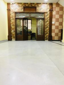 Gallery Cover Image of 1500 Sq.ft 3 BHK Apartment for buy in Mankhurd for 9500000