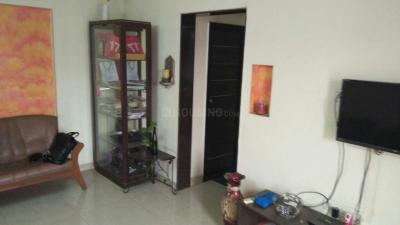 Gallery Cover Image of 600 Sq.ft 1 BHK Apartment for rent in Satellite Gardens, Goregaon East for 33000