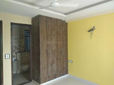 Gallery Cover Image of 1800 Sq.ft 3 BHK Independent Floor for rent in Sector 39 for 50000