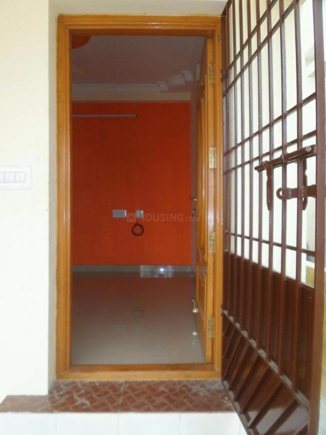 Main Entrance Image of 740 Sq.ft 2 BHK Independent House for buy in Urapakkam for 3650000
