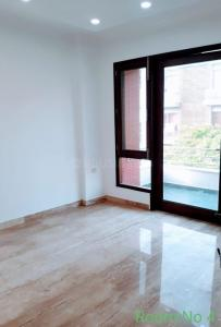 Gallery Cover Image of 1800 Sq.ft 3 BHK Apartment for buy in P-51 South Extension, South Extension II for 36000000
