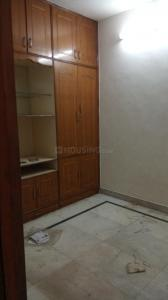 Gallery Cover Image of 550 Sq.ft 2 BHK Apartment for buy in PD Block Dda Flat, Pitampura for 5800000