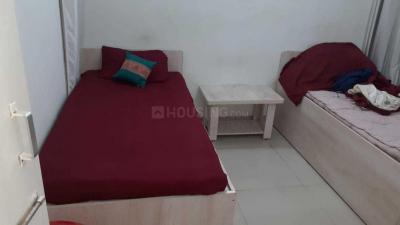 Bedroom Image of Avy PG Rooms in Viman Nagar