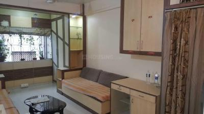 Gallery Cover Image of 575 Sq.ft 1 BHK Apartment for rent in Yerawada for 25000