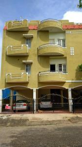 Gallery Cover Image of 1000 Sq.ft 2 BHK Apartment for rent in Thanisandra for 19000