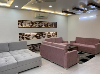 Gallery Cover Image of 1575 Sq.ft 3 BHK Independent Floor for buy in Pitampura for 28000000