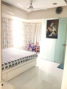 Gallery Cover Image of 1100 Sq.ft 2 BHK Apartment for rent in Cuffe Parade for 110000