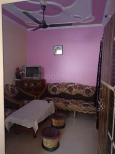 Gallery Cover Image of 600 Sq.ft 2 BHK Independent Floor for buy in  GDA LIG Flats, Sadarpur for 3800000