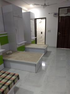 Bedroom Image of Rikki PG in Patel Nagar
