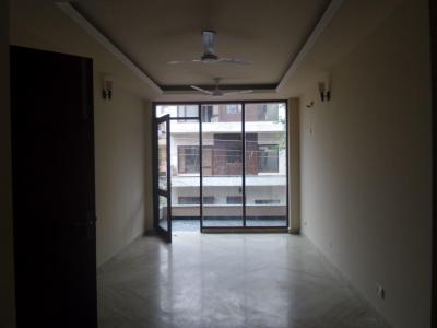 Gallery Cover Image of 1620 Sq.ft 3 BHK Independent Floor for buy in Sector 55 for 10500000