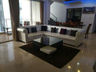 Gallery Cover Image of 3500 Sq.ft 3 BHK Apartment for rent in Kharadi for 65000