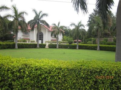 Gallery Cover Image of 4500 Sq.ft 3 BHK Villa for rent in Gulmohar Park for 245000