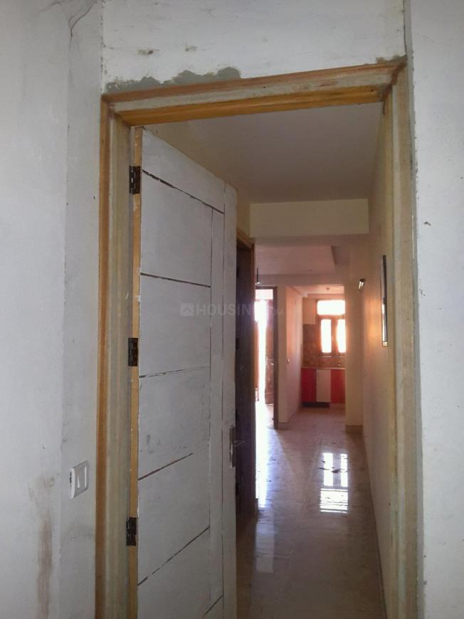 Main Entrance Image of 750 Sq.ft 2 BHK Apartment for buy in Chhattarpur for 2800000