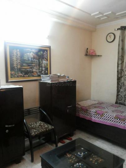 सेक्टर 19 रोहिणी में कोहली पीजी के हॉल की तस्वीर