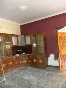 Gallery Cover Image of 1200 Sq.ft 2 BHK Apartment for rent in Koti for 15000