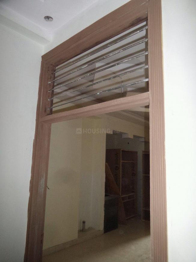 Main Entrance Image of 603 Sq.ft 2 BHK Apartment for buy in Govindpuram for 2200000