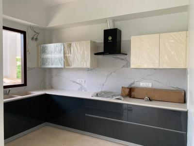 Gallery Cover Image of 1650 Sq.ft 3 BHK Apartment for rent in Emaar Emerald Floors Premier, Sector 65 for 30000