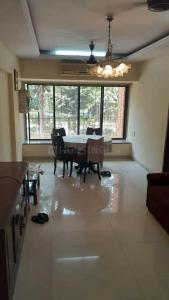 Gallery Cover Image of 940 Sq.ft 2 BHK Apartment for rent in Andheri West for 58000