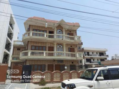 Gallery Cover Image of 3240 Sq.ft 8 BHK Independent House for buy in Sector 45 for 45000000