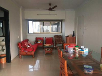 Gallery Cover Image of 1250 Sq.ft 2 BHK Apartment for rent in Dadar East for 75000