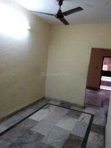 Gallery Cover Image of 500 Sq.ft 1 BHK Independent Floor for buy in Alaknanda for 4000000