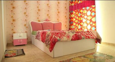 Gallery Cover Image of 1375 Sq.ft 3 BHK Apartment for buy in Yeida for 3922000