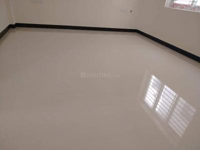 Gallery Cover Image of 930 Sq.ft 2 BHK Apartment for buy in  S V Manor,  South kolathur for 4185000