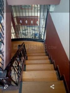 अदूगोदी  में 18000000  खरीदें  के लिए 838 Sq.ft 7 BHK इंडिपेंडेंट हाउस के सीढ़ी  की तस्वीर