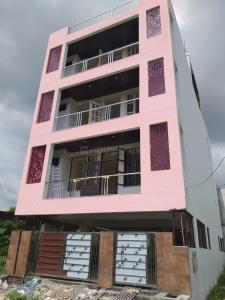 Gallery Cover Image of 1000 Sq.ft 2 BHK Apartment for buy in Pithuwala Kalan for 3800000