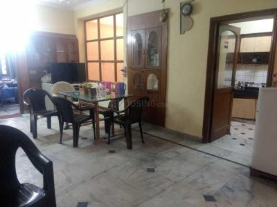 Gallery Cover Image of 2700 Sq.ft 6 BHK Villa for rent in Sector 55 for 70000