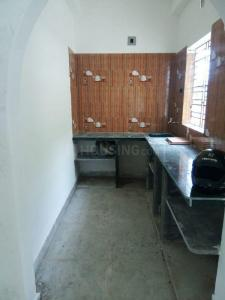 Gallery Cover Image of 1200 Sq.ft 3 BHK Apartment for buy in Behala for 3700000