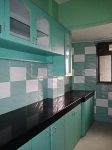 Gallery Cover Image of 610 Sq.ft 1 BHK Apartment for rent in Vini Garden, Dahisar West for 20000