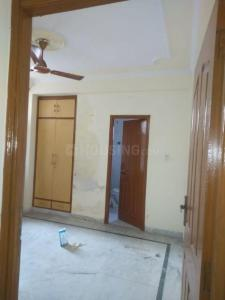 Gallery Cover Image of 1800 Sq.ft 3 BHK Apartment for rent in United Apartment, Sector 4 Dwarka for 30000