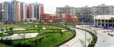 Gallery Cover Image of 2420 Sq.ft 4 BHK Apartment for buy in AWHO Gurjinder Vihar Phase IV, Chi I for 9700000