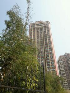 Gallery Cover Image of 1295 Sq.ft 3 BHK Apartment for rent in Kandivali East for 60000