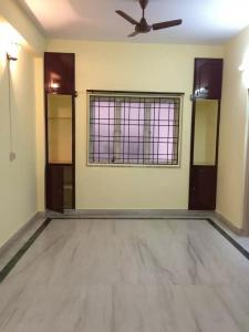 Gallery Cover Image of 1100 Sq.ft 2 BHK Apartment for rent in Anna Nagar West for 21000