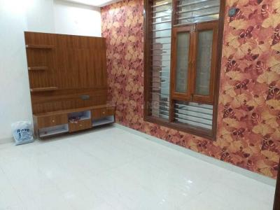 Gallery Cover Image of 1750 Sq.ft 3 BHK Independent Floor for buy in Vasundhara for 6530000