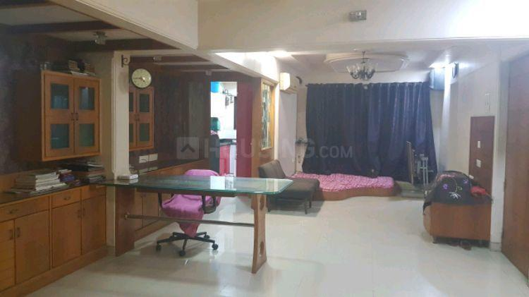 Living Room Image of 1500 Sq.ft 3 BHK Apartment for rent in Santacruz East for 80000
