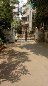 Gallery Cover Image of 1200 Sq.ft 2 BHK Apartment for rent in Bandra West for 82000