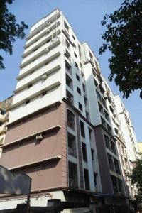 Gallery Cover Image of 625 Sq.ft 1 BHK Apartment for buy in Mulund West for 10300000