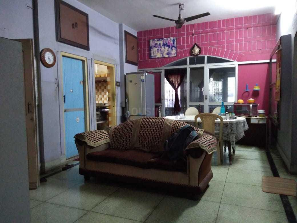 Living Room Image of 3000 Sq.ft 6 BHK Independent House for buy in Dhakuria for 12500000