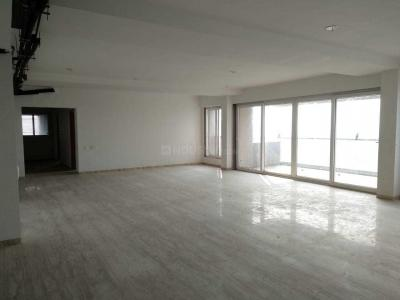 Gallery Cover Image of 6480 Sq.ft 5 BHK Apartment for rent in Shubham Skyz, Vikram Nagar for 200000